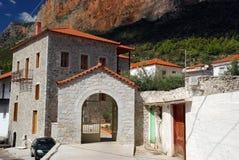 Casa de piedra griega tradicional, Leonidio fotos de archivo