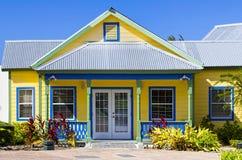 Casa de planta baja de la isla Foto de archivo libre de regalías