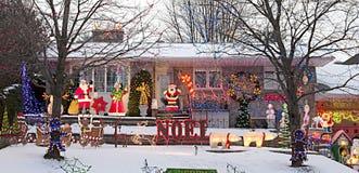 Casa de planta baja de Navidad Foto de archivo