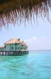 Casa de planta baja Maldives del agua Foto de archivo libre de regalías