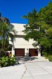 Casa de praia moderna Imagens de Stock Royalty Free