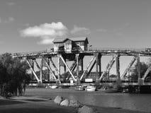 Casa de puente imagenes de archivo