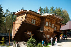 Casa de Szymbark en la azotea Imagenes de archivo