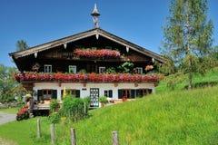Casa de Tirol Imagem de Stock Royalty Free
