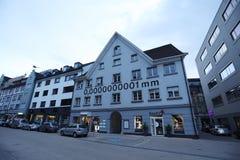 casa de um nanômetro de 0,0000000001 milímetros em Bregenz fotos de stock