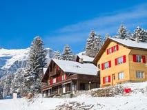 Casa de vacaciones del invierno Imágenes de archivo libres de regalías
