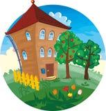 Casa de verão brilhante Imagem de Stock