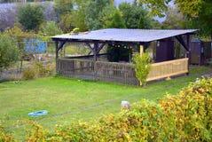 Casa de verão de madeira Foto de Stock Royalty Free