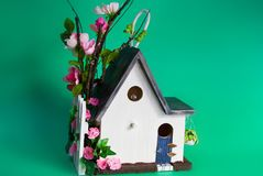 Casa decorada do pássaro Fotos de Stock