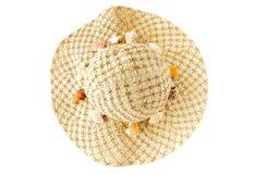 A casa decorou Straw Hat com conchas do mar Imagens de Stock