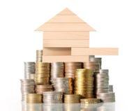 Casa dei soldi dalle monete immagine stock libera da diritti