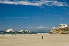 Casa del acantilado y Océano Pacífico de San Francisco Imagen de archivo