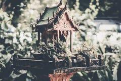 Casa del alcohol en arte tailandés de la tradición de Tailandia Fotografía de archivo libre de regalías