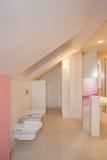 Casa del amaranto - cuarto de baño fotos de archivo