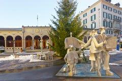 Casa del balneario con el monumento de la gente en mún Ragaz imagen de archivo