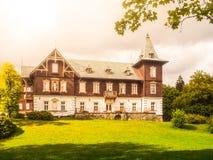 Casa del balneario en el balneario de Karlova Studanka, Hruby Jesenik, República Checa Imagen de archivo libre de regalías