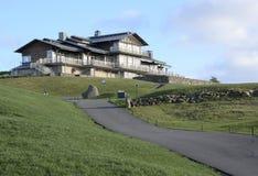 Casa del club en la colina Fotos de archivo