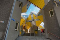 Casa del cubo imagen de archivo
