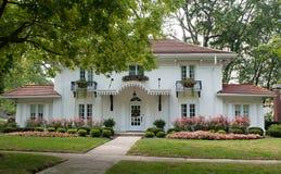Casa del estilo de la plantación Fotos de archivo