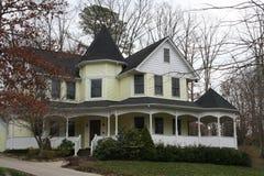 Casa del estilo del Victorian Fotos de archivo
