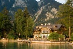 Casa del lago fotografía de archivo