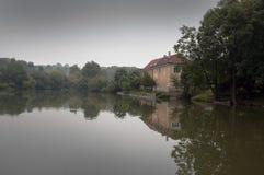 Casa del lago Fotografia Stock