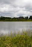 Casa del lago Immagini Stock