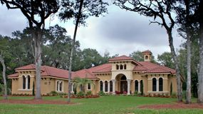 Casa del lusso del tetto di mattonelle Fotografia Stock