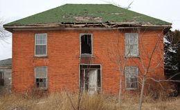Casa del mattone di abbandono fotografia stock libera da diritti