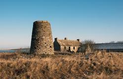 Casa del molino de viento y del piloto fotografía de archivo