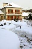 Casa del paese in inverno Immagine Stock
