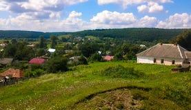 Casa del paisaje del pueblo Foto de archivo libre de regalías