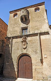Casa del Sun, la ciudad medieval del palacio de Caceres, Extremadura, España Imagen de archivo libre de regalías