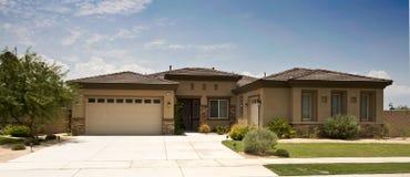 Casa del tratto, California moderna e del sud Fotografia Stock Libera da Diritti