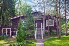 Casa del villaggio in una zona rurale Fotografia Stock