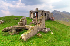 Casa della montagna sull'isola di Achill Immagini Stock