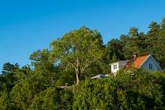 Casa della spiaggia in Norvegia Fotografia Stock Libera da Diritti