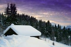 Casa dello Snowy Fotografie Stock Libere da Diritti