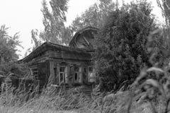 Casa derrumbada Fotos de archivo libres de regalías