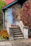 Casa descuidada vieja Foto de archivo libre de regalías