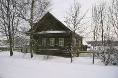 Casa di campagna di legno in Russia Immagine Stock