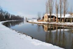Casa di campagna in inverno Fotografia Stock