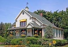Casa di estate. fotografia stock