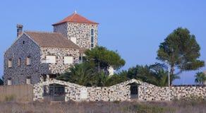 Casa di famiglia con i pezzi moderni della decorazione di marmo Fotografia Stock Libera da Diritti
