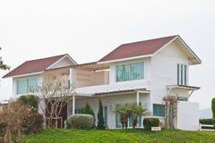 Casa di famiglia numerosa nella zona rurale Fotografia Stock