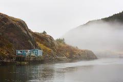 Casa di Fishermans dal mare Fotografie Stock Libere da Diritti