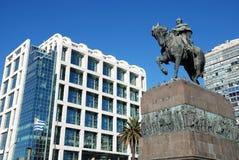 Casa di governo dell'Uruguai e monumento di Artigas Immagine Stock Libera da Diritti