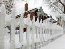 Casa di inverno Immagini Stock Libere da Diritti