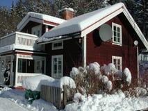 Casa di inverno in Svezia Fotografia Stock Libera da Diritti