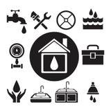 Casa di legno circolare della siluetta nera con goccia dentro e gli strumenti dell'impianto idraulico dell'icona Immagini Stock Libere da Diritti